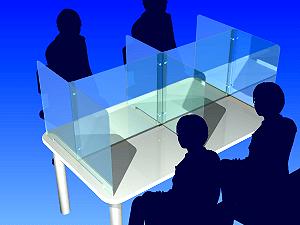 4人掛けテーブルアクリル板使用例